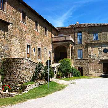 Facilities In Cortona